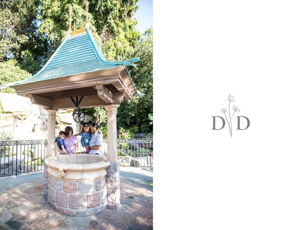 Disneyland Family Photos  at the Wishing Well