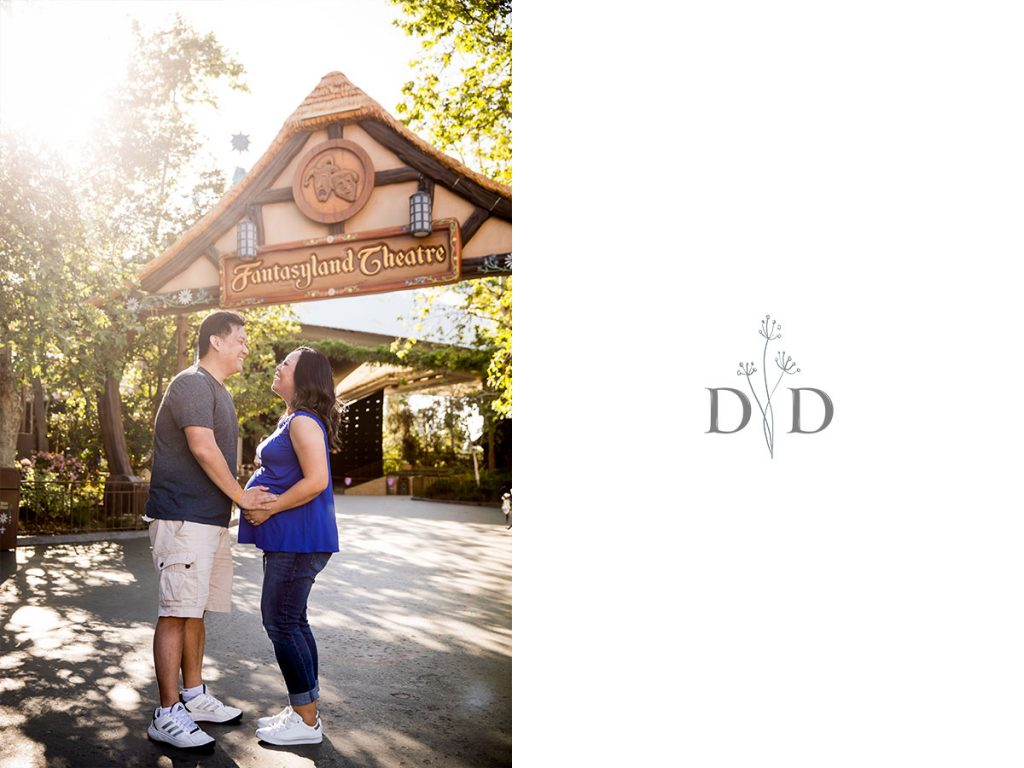 Disneyland Family Photography with Mom and Dad