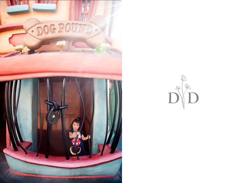 Disneyland Family Photography Toon Town Jail