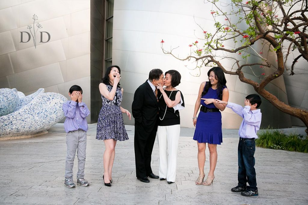 Walt Disney Concert Hall Family Photography Funny