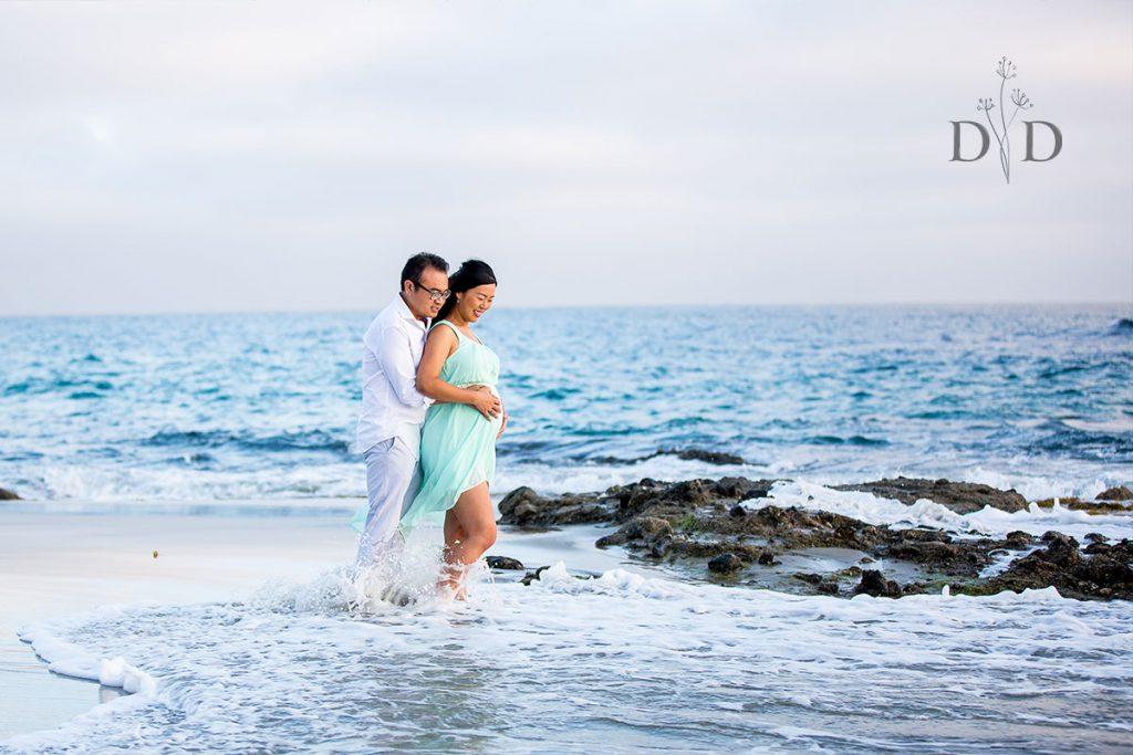 Victoria Beach Maternity Photography