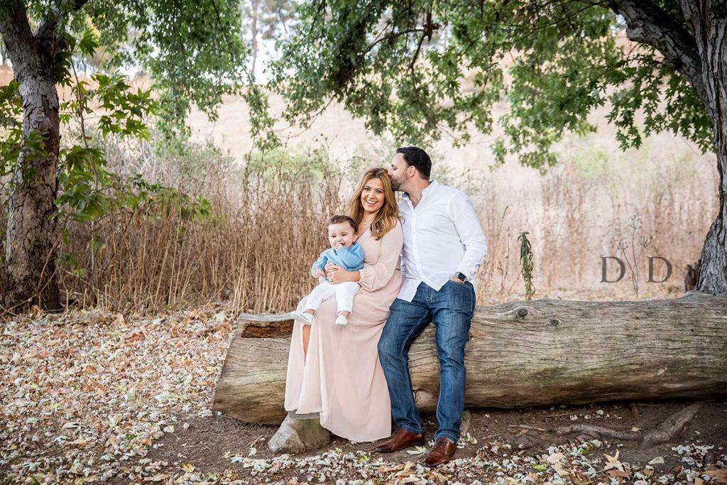 Family Photo Bonelli Park with Log