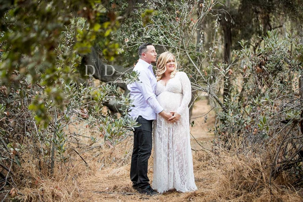 Maternity Photography Walnut Creek Park in Trees