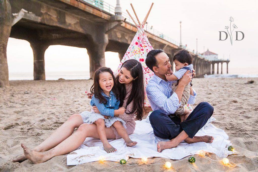 Manhattan Beach Pier Family Photography