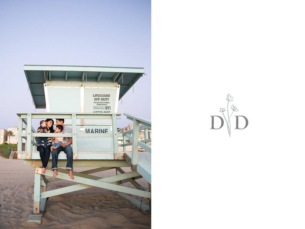 Manhattan Beach Family Photo with Lifeguard Tower